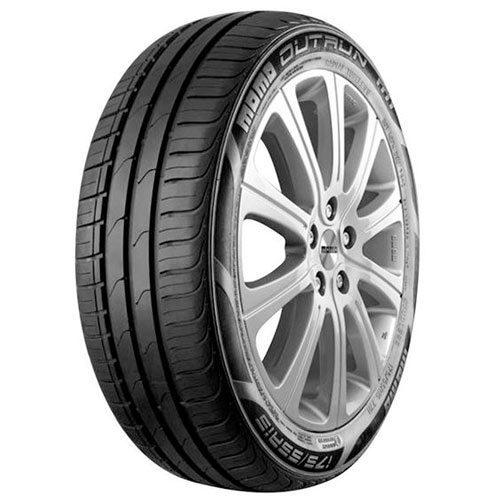 MOMO Outrun M1 tyres