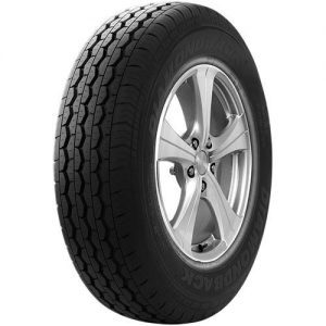 Diamondback TR645 tyre angled view